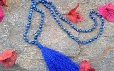 Japa Malas, Lunas Llenas y la alegría de ritualizar